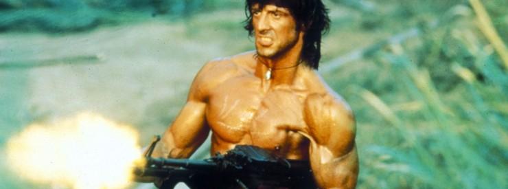 Der amerikanische Vietnam-Veteran John Rambo (Sylvester Stallone) kehrt an den alten Kriegsschauplatz zurück...